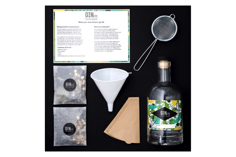 The Artisan Gin Maker's Kit Gift Set